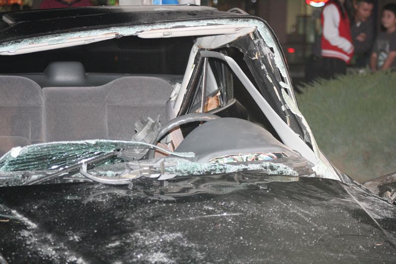 Crashes cause injuries, road closures