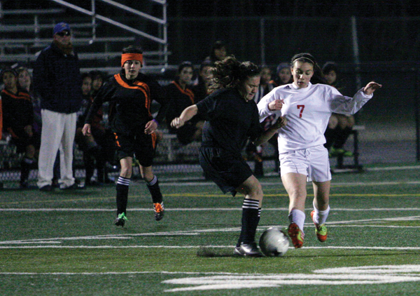 Lady Cards advance to semis