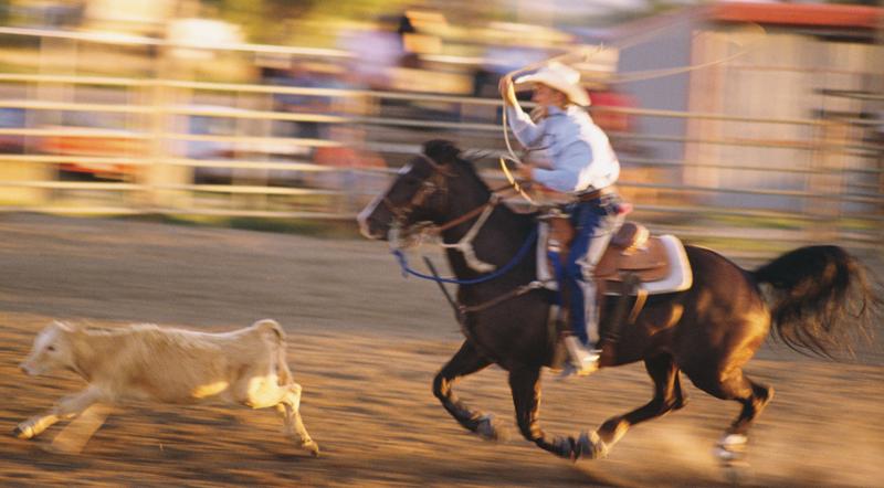 Woodlake saddles up for pro rodeo