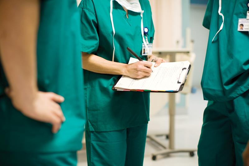 Hospital Refinances its '04 bond'