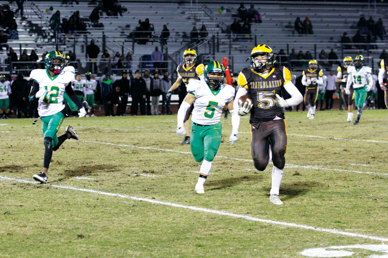 Football: Golden West pulls out 49-34 D-IV quarterfinal win over the Roosevelt Roughriders despite uncharacteristic turnovers