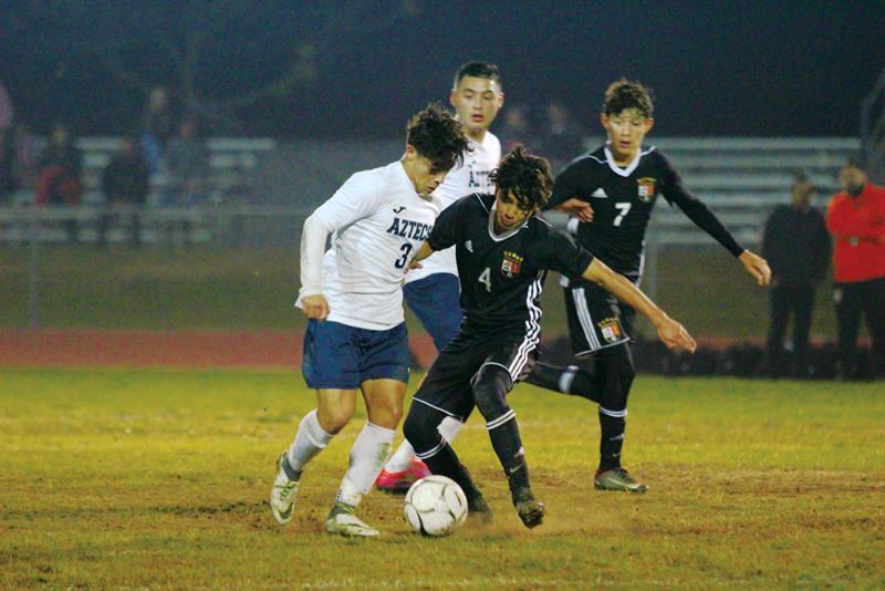 Soccer: Two second half goals propel Farmersville to 2-0 win over Woodlake in first game of the season