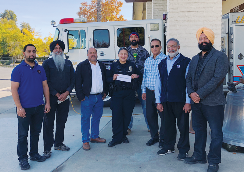 Sikhs help Lindsay celebrate spirit of Christmas