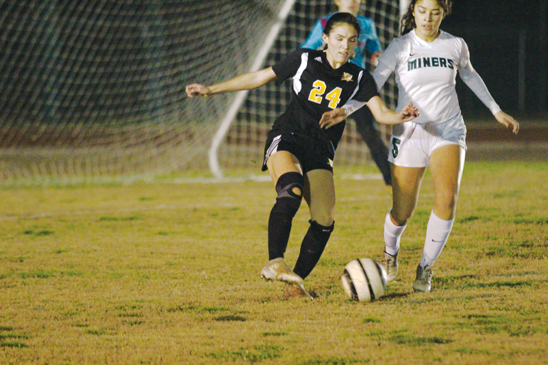 Girls Soccer: Blazers shut down Miners 4-0, take over 3rd in West Yosemite League