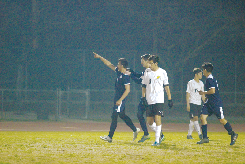 Boys Soccer: 3-0 loss to Redwood costs Golden West a chance at a fourth year atop the West Yosemite League