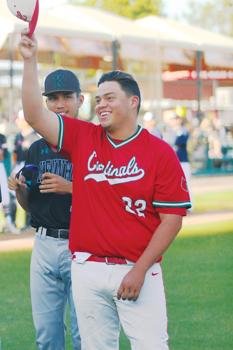 Lindsay's David Jimenez gives final tip of the cap in East-West All-Star baseball game