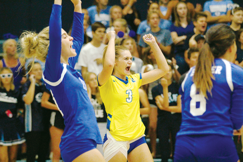 Volleyball: Monarchs go one up on Cavaliers