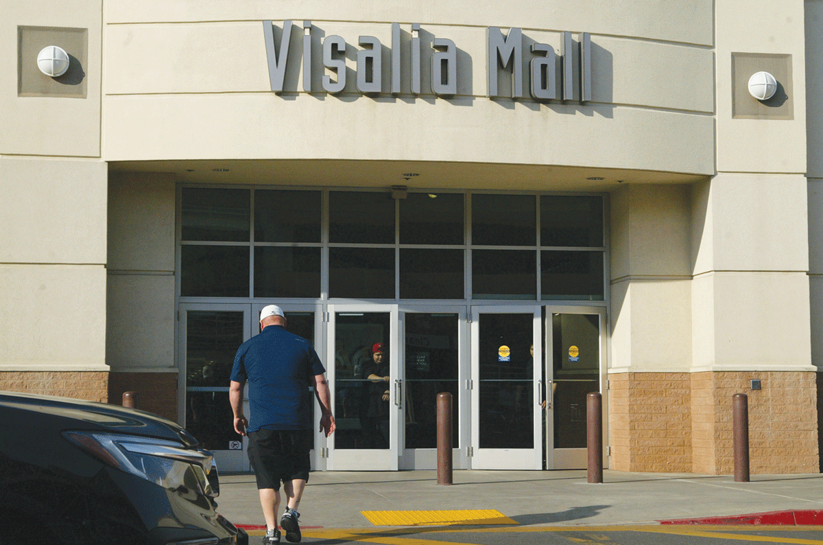 Visalia store sales push to keep doors open
