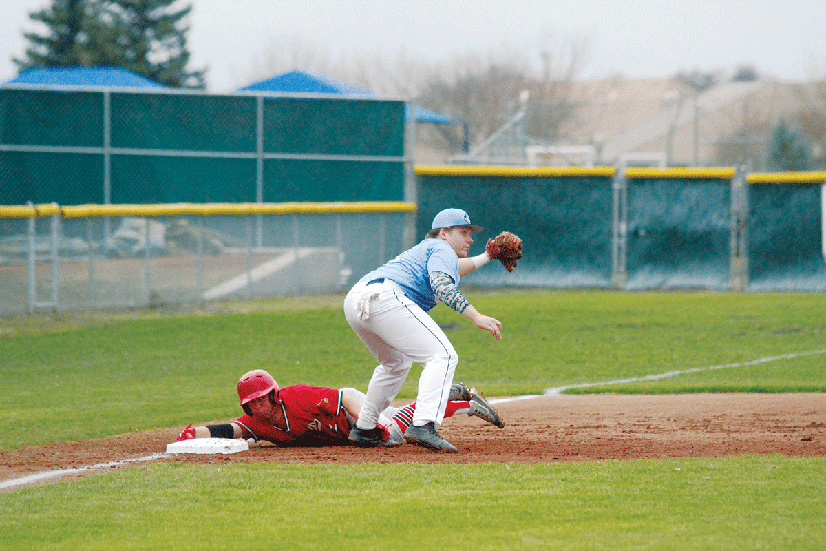Baseball: Defending D-VI champs Cardinals swing and miss against Cavaliers