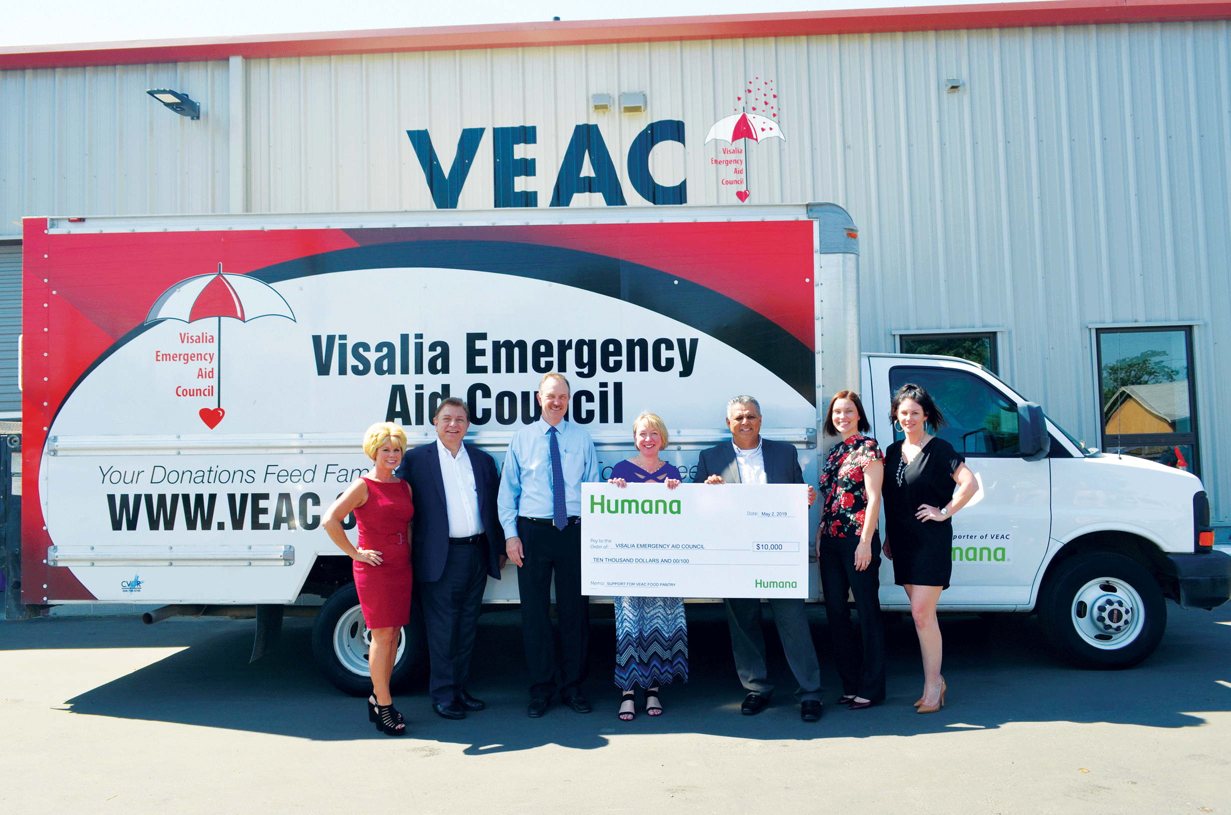 Visalia Emergency Aid Council gets $10,000 check from Humana, will provide 52,000 pounds of food