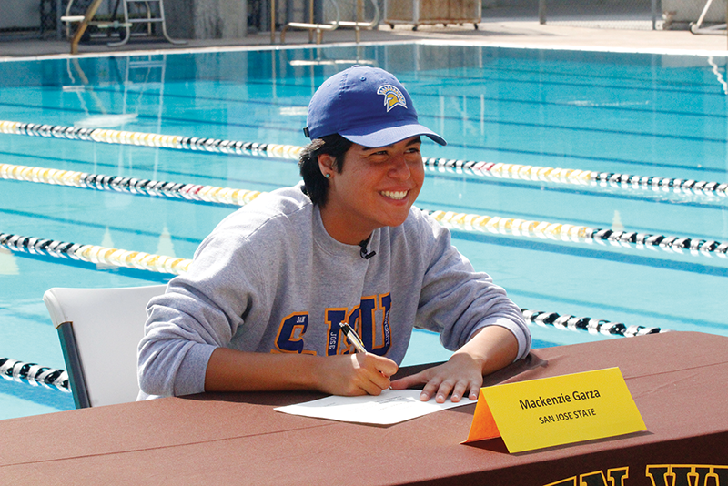 Swimming: Garza signs a D-I national letter of intent